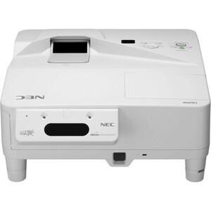 NEC Display UM330Xi LCD Projector