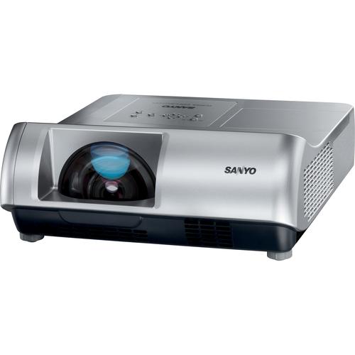 Sanyo PLC-WL2500 2500 Lumens 1280 x 800 WXGA 500:1 LCD Projector