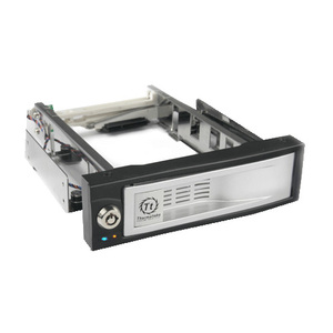 "Thermaltake (N0023SN) MAX4 3.5"" SATA Hard Drive Rack Silver Black W/ Security Lock"