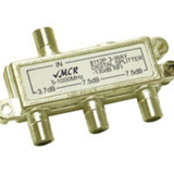 C2G 3 - Way Signal Splitter 41018