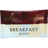 PapaNicholas Coffee Coffee, 42/CT, Day To Day Breakfast Blend Pot Pack