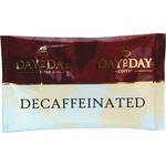 PapaNicholas Coffee Coffee, Single Pot Pack, 42/CT, Day To Day Decaffeinated Pot Pack PCO23004