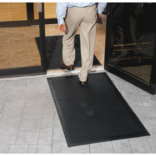 Scraper outdoor mat, rubber, traps dirt/grime, 3'x5', black, sold as 1 each