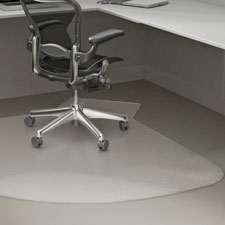 "L-workstation chairmat, med. pile,60""x66"", lip 20""x12"", cl, sold as 1 each"