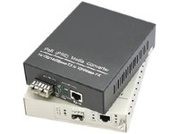 AddOn 1 10/100/1000Base-TX(RJ-45) to 1 Open SFP Port Industrial Media Converter