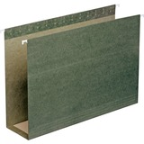"Smead Hanging Box Bottom Expanding File Folders - 3"" Folder Capacity - Legal - 8 1/2"" x 14"" Sheet Size - 3"" Expansion - 11 pt. Folder Thickness - Standard Green - Recycled - 25 / Box"