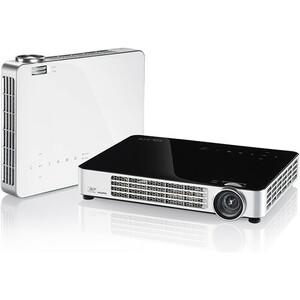 Vivitek Qumi Q7 DLP Projector