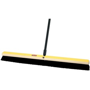 Rubbermaid® Medium Floor Sweep Hardwood Block