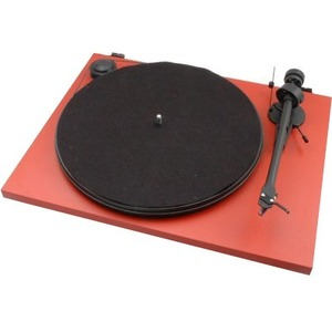 Pro-Ject Essential II Turntable with Ortofon OM 5E Cartridge