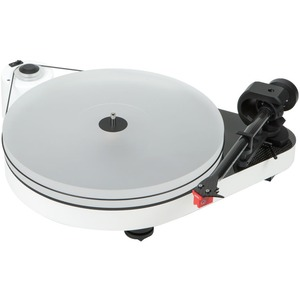 Pro-Ject RPM 5 Carbon Record Turntable