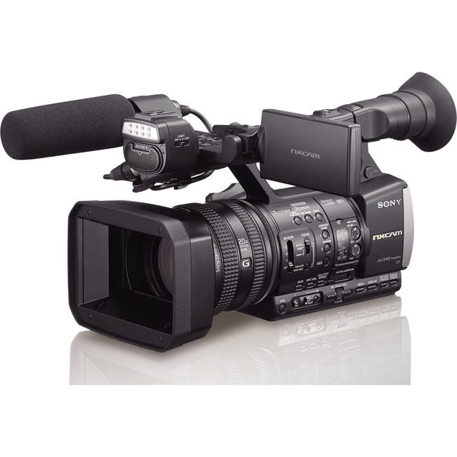 PROFESSIONAL AVCHD HAND-HELD CAMCORDER.