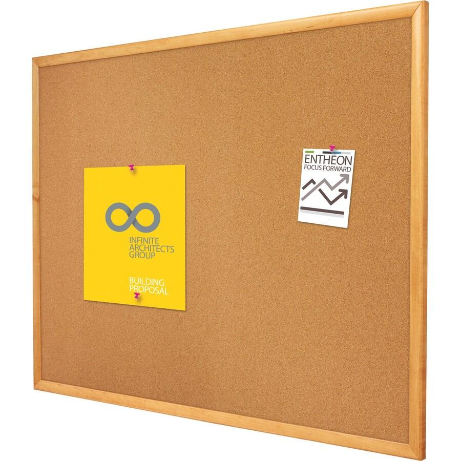 Quartet 174 Classic Cork Bulletin Board