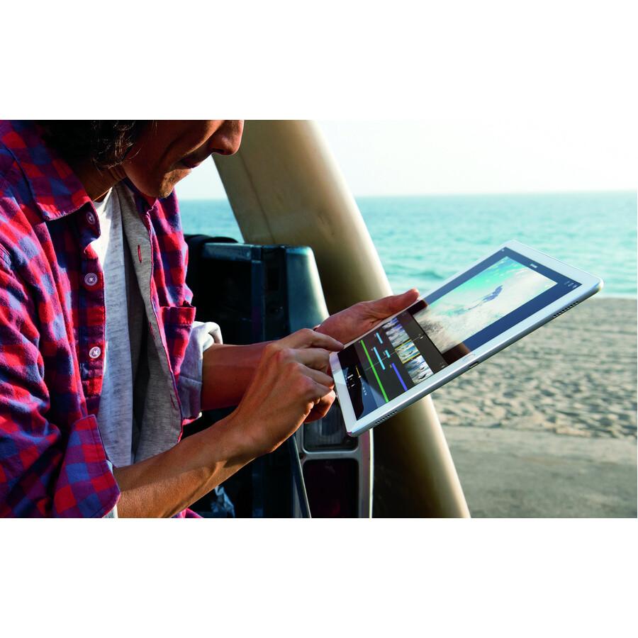 Apple iPad Pro Tablet - 32.8 cm 12.9inch - Apple A9X - 128 GB - iOS 9 - Retina Display - Gold - Wireless LAN - Bluetooth - Lightning - Digital Compass, Gyro Sensor, A