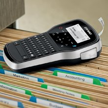 <b>   Multiple Font Sizes and Styles  </b></br>   The flexible DYMO LabelManager 280 comes equipped with a broad range of label customization options, including six font sizes, seven text styles, four boxes, and a built-in library of over 200 symbols and clip-art images.