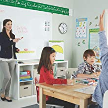 <b> Engaged Students </b></br> Getting an entire classroom to pay attention is no easy task! Luckily bold and reliable Expo dry erase markers are here to lend you a helping hand. Whether you're going over a lesson or facilitating group work, these whiteboard markers ensure everything is clear and easy to read.