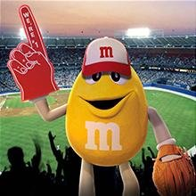 <b>Grab a Bag for Game Day</b></br> M&M'S Peanut Chocolate Candy is a great snack to take to your next game, big or small. Victory never tasted so delicious!
